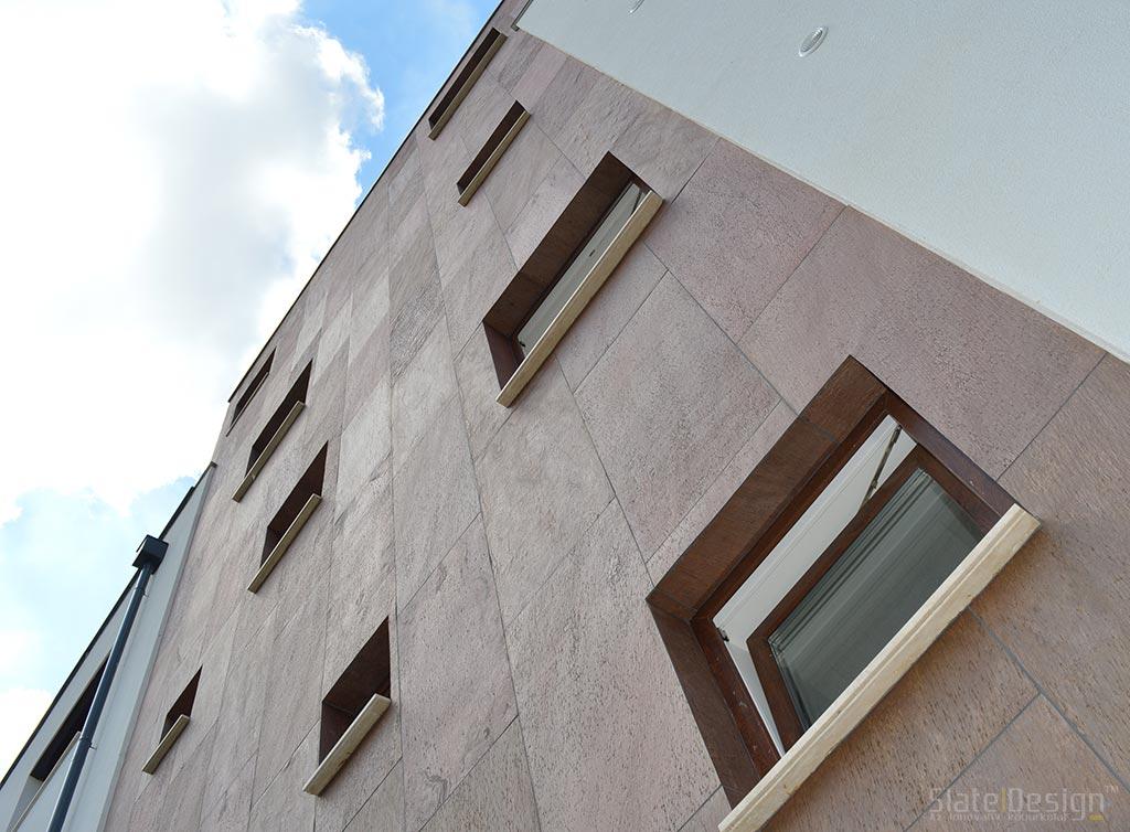 placării cu piatră a fațadelor